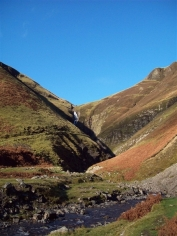 Heading to the Grey Mare's Tail